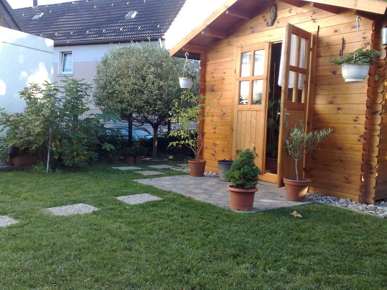 Gartenhaus Gestalten aufbau des gartenhauses sowie gestaltung der umliegenden flächen