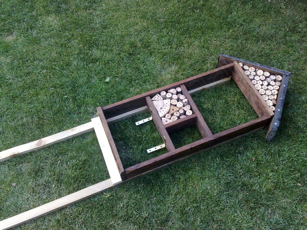 projekt insektenhotel aus resten bauen teil 3. Black Bedroom Furniture Sets. Home Design Ideas